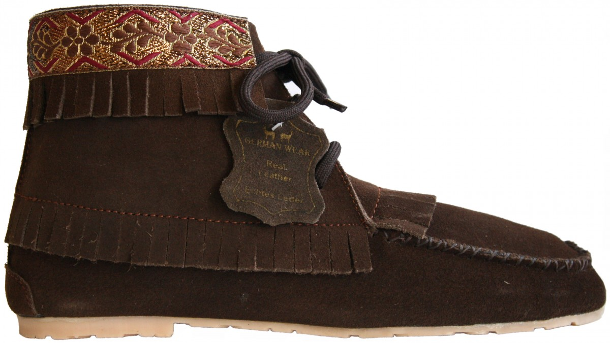 traditional indian shoes made of suede leather color